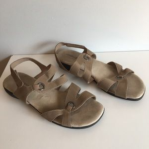 Predictions Comfort Plus TAN Wedge Shoes Size 12W